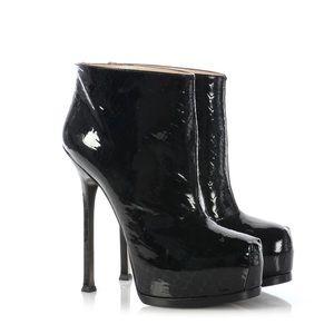Saint Laurent Black Patent Leather Tribtoo Booties